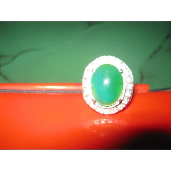 cincin batu bacan hijau daun asli pulau maluku utara indonesia cincin ...